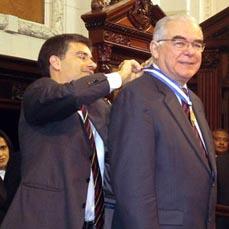 Dr. Miguel Padilha recebe a Medalha Tiradentes.